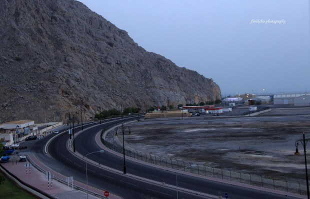Road in Khasab, very smooth and of course without pothole.