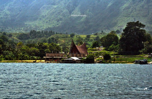 Scenery along Lake Toba